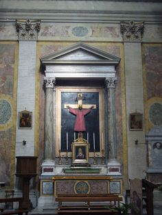 San Salvatore in Lauro, Rome.  Chapel of the Crucifix.  The large crucifix here is from the 15th century.