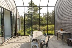 Couple builds themselves cedar-clad retreat Little Peek on Maine island Maine Islands, One Storey House, New England Farmhouse, Journal Du Design, Glass Structure, Cedar Shingles, Wooden Cabins, Screened In Porch, Maine House