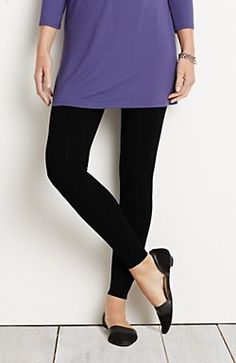 Wearever Smooth-Fit ankle-length leggings
