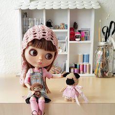 No estés triste Puggy, te prometo que vas a tener una mamá increíble, buen viaje pequeña!! ✈ _________________________ #sonydolls #blythe #blythedoll #customblythe #custombysony #dollstagram #doll #dollphotography #amigurumi #pug #dog #pugdog #carlino #pugworld #pugsofinstagram #pugsnotdrugs #puglife #fawnpug #pugstagram #blythestagram #megan #etsy #pugadicta #miniature #dogstagram #ilovemydog #ilovemypug