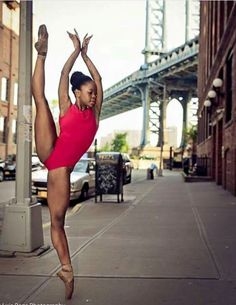 Michaela De Prince She is the pointe queen Ballet Art, Ballet Dancers, Ballet Moves, Ballet Photography, Photography Poses, Black Dancers, Black Ballerina, Dance Poses, Black Women Art