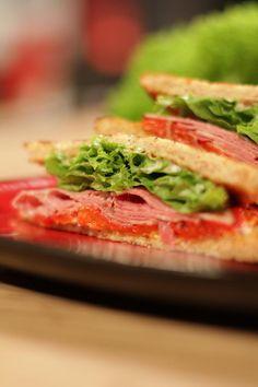 EPISODE 5: WARE LIEFDE INPAK-BROODJIE Dips, Sandwiches, Bread, Snacks, Recipes, Food, Age, Tapas Food, Sauces