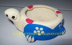 souvenir pernikahan gerabah asbak rokok berbentuk hewan kura-kura khas jogjakarta #souvenir #asbak #jogjakarta