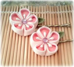 Sweet Romance Japanese handmade flower bobby pins.  Must have - only $9.99  !!    (Wedding?  Easter? Spring?)