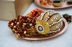 Order plz contact my WhatsApp no Indian Wedding Gifts, Desi Wedding Decor, Home Wedding Decorations, Marriage Decoration, Engagement Decorations, Wedding Crafts, Floral Wedding, Wedding Gift Wrapping, Wedding Gift Boxes