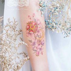 Tattoos of Crystal T Mini Tattoos, Party Tattoos, Cute Tattoos, Unique Tattoos, Beautiful Tattoos, Body Art Tattoos, Sleeve Tattoos, Kawaii Tattoos, Arabic Tattoos