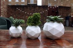 UK Startup fiilo Plans to Deliver 3D Printed Planters and Minimalist Lifestyle Products http://3dprint.com/50527/fiilo-3d-printed-planters/