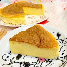 今日は長女の誕生日。 簡単なのしか作れないので スフレチーズケーキ焼きました。 - 24件のもぐもぐ - スフレチーズケーキ by namimo