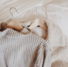 ♕✦∘only in darkness can you see the stars∘✦♕ Winter Wear, Autumn Winter Fashion, Winter Style, Jacy Jordan, Vogue, Winter Wardrobe, Look Cool, Sweater Weather, Playing Dress Up