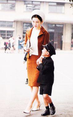 美智子皇后陛下 as 皇太子継宮明仁親王妃美智子殿下時代 with 皇太子浩宮徳仁親王殿下 Empress Michiko with Crown Prince Naruhito, 1966