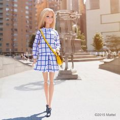 Popping out of the office to head to my next show! keeps me on the go! Barbie Skipper, Barbie Dress, Barbie Clothes, Barbie Doll, Barbie Life, Barbie And Ken, Barbie Fashionista, Barbie Patterns, Barbie Collection