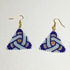 Boucles d'oreilles Bleues peyote miyuki triangles or, aquamarine