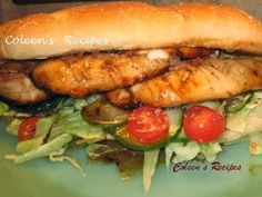 "SUBWAY SWEET ONION CHICKEN TERIYAKI SANDWICH This is a ""knock off"" recipe for Subway's sweet onion chicken teriyaki sandwich. It is delicious, only about 370 calories and very quick to fix (as long as you make the sweet onion sauce a day ahead). Soup And Sandwich, Sandwich Recipes, Chicken Sandwich, Sandwich Spread, Salad Sandwich, Chicken Salad, Grilled Chicken, Subway Chicken, Clone Recipe"