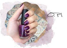 O.P.I. nail polish purple - Esmalte roxo da O.P.I.