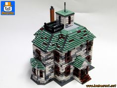 https://flic.kr/p/27jWQpH | HAUNTED HOUSE 01 | My last commissioned model, the Haunted House. Based on the Alexander scale model as customer requested. It's 99% finished but I'm not totally satisfied by the texture on the walls and may change them. So all comments and opinions will be welcome.  www.baronsat.net