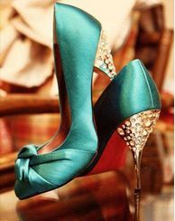 Aqua blue wedding shoes----wonder if they have in purple ; Cute Shoes, Me Too Shoes, Awesome Shoes, Pretty Shoes, Christian Louboutin, Louboutin Shoes, Blue Wedding Shoes, Green Wedding, Copper Wedding