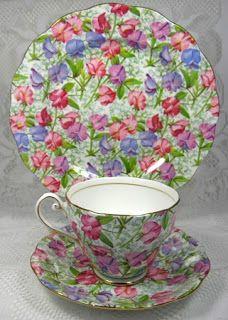 Chintz Teacup Trio Sweet Pea Royal Standard English Bone China~Via antiquesandteacups. Vintage China, Vintage Tea, Vintage Pottery, British Wedding Cakes, Tea Cup Saucer, Tea Cups, Vase, Teapots And Cups, Tea Service