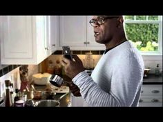 Samuel Jackson iPhone 4S/Siri commercial (HD)