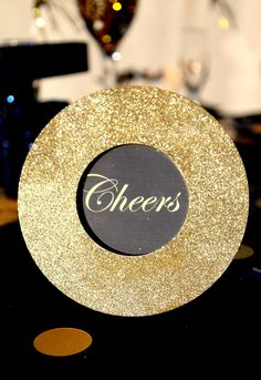 Google Image Result for http://blowoutparty.com/blog/wp-content/uploads/2010/12/New-Years-Party-Table-Decor.jpg