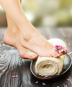 Everyone wants beautiful feet from comfy flip flops to sexy stilettos. If you want to keep your feet gorgeous you have to follow few steps. But how do you ensure that your feet which have to bear the brunt of heat, humidity, sweat and long hours of walking every day, remain soft and supple.Way to keep your feet happy, healthy and pampered.