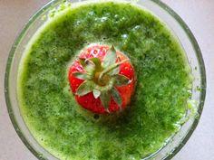 Zielone koktajle: pietruszka + seler naciowy + limonka + stewia