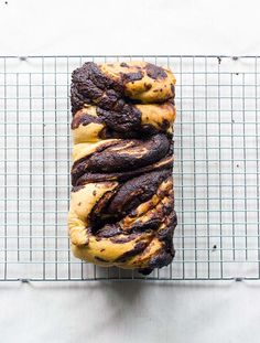 Click through for the recipe for this decadent chocolate babka loaf
