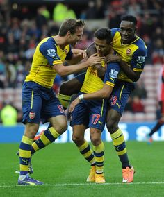 Sunderland 0 Arsenal 2 - The boys celebrate after Alexis grabs our first goal