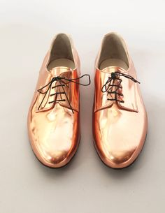 Gold brogues #men #style #shoes