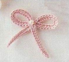 Patrón #1454: Figura de Lacito a Crochet #ctejidas http://blgs.co/S-4Iax
