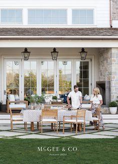 Outdoor Seating, Outdoor Spaces, Indoor Outdoor, Outdoor Living, Backyard Patio, Backyard Landscaping, Estudio Mcgee, Porches, Houston Houses