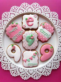 Birthday Cookies | Cookie Connection Cookies Cupcake, No Bake Sugar Cookies, Wedding Cake Cookies, Cookie Cake Birthday, Roll Cookies, Galletas Cookies, Cookie Frosting, Fancy Cookies, Flower Cookies