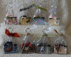 Photo/Note Holders using binder clips, packaged up for craft show