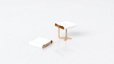 Vedi questo progetto @Behance: \u201cbone - foldable stool\u201d https://www.behance.net/gallery/42306171/bone-foldable-stool