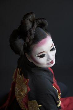 Fashion Braids #braids #braidstyles #braidstylist #stylist #hairstylist #hairstyle #hairstylist #braids #fashion #colouredbraids #colouredhair #hairinspo #mermaidhair #unicorn #color #haircolor #love2Braid #hairgoals #braidgoals #geisha #japan #geishastyle