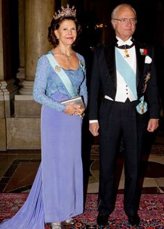Swedish King Carl Gustaf and queen Silvia at the castle.