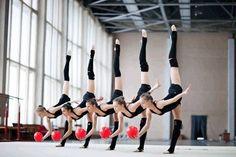 like 5 twins. Gymnastics Skills, Gymnastics Poses, Gymnastics Pictures, Rhythmic Gymnastics Leotards, Dance Pictures, Flexibility Dance, Gymnastics Flexibility, Flexibility Workout, Dancers Among Us