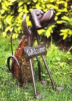Creative Homemade Garden Art   11 Examples of Amazing Garden Art and Decor