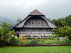 Emmentaler Haus by duqueıros, via Flickr