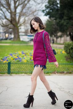#KikoMizuhara & her short shorts in Paris.