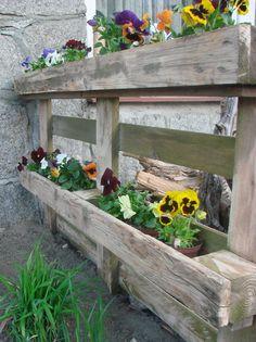 Rośliny i ogród, Wiosenne kwietniki - Wiosna w głowie to i wiosna w moim ogrodzie.  Chcę w taki sposób zaaranżować swoją przestrzeń, by móc w wolnych chwilach usiąść...
