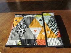 Sue Daurio's Quilting Adventures: 2014 Quilts Laptop sleeve!