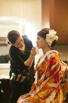 Pin by yuu on kimono in 2019 - Decorideas Furisode Kimono, Kimono Dress, Kimono Style, Bride Hairstyles, Pretty Hairstyles, Wedding Kimono, Japanese Wedding, Hair Arrange, Japanese Hairstyle