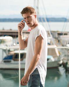 Valentin Dickler (@vaaalouh) • Photos et vidéos Instagram Men's Fashion, Normcore, Mens Tops, T Shirt, Photos, Instagram, Style, Moda Masculina, Supreme T Shirt