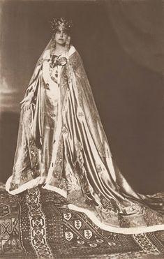 Queen Marie of Romania Regina Maria Coronation Postcard Princess Victoria, Queen Victoria, Queen Mary, King Queen, Romanian Royal Family, Princess Alexandra, Royal Court, Royal Jewelry, Jewellery