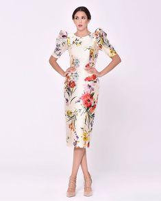 Stunning Dresses, Nice Dresses, Short Dresses, Girls Dresses, Dresses For Work, Fashion 2020, Girl Fashion, Filipiniana Dress, Estilo Glamour