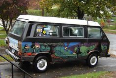 Alice Bus - Kenneth Mitchell, one of the newerish variety of bus, lots of gloomy mystical mushrooms