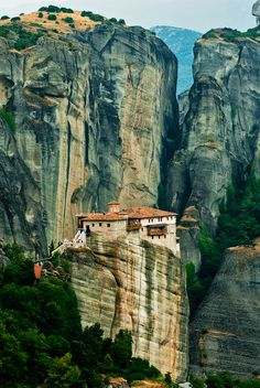 Meteora, Greece |ॐ| Much like the lone, cliffside abode of Master Kaiga, albeit his is elevated higher.
