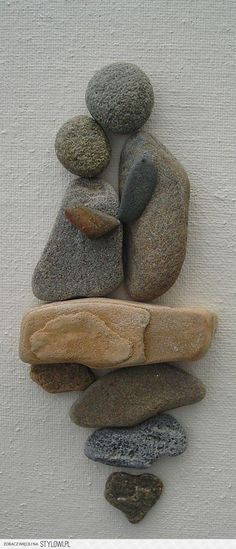 New pebble art diy ideas couple 55 Ideas Stone Crafts, Rock Crafts, Diy And Crafts, Arts And Crafts, Art Crafts, Beach Crafts, Art Rupestre, Art Pierre, Rock And Pebbles