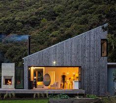 "6,350 Me gusta, 29 comentarios -  Art & Architecture Magazine (@modern.architect) en Instagram: ""Back Country House,  LTD Architectural Design Studio (2016),  Puhoi, #NewZealand,  Jo Smith"""