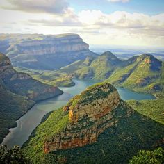 From multi-day hikes staying in incredible bungalows with no one around to invigorating day hikes to get you active, here are some of the most scenic hikes in the country.